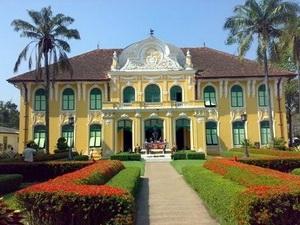 Bệnh viện Chao Phraya Abhaibhubejhr
