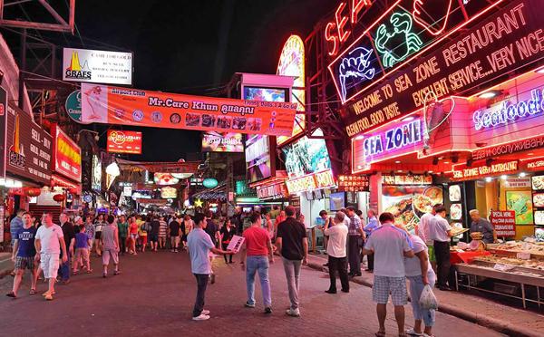 Khu phố nổi tiếng trong chuyến du lịch Pattaya (Ảnh ST)