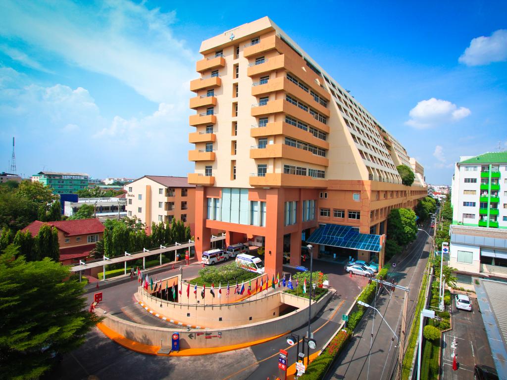 Bệnh viện tại Thái Lan