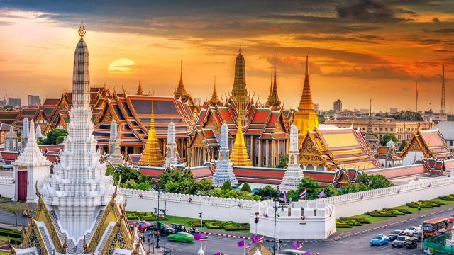 Grand Place – Wat Phra Keaw