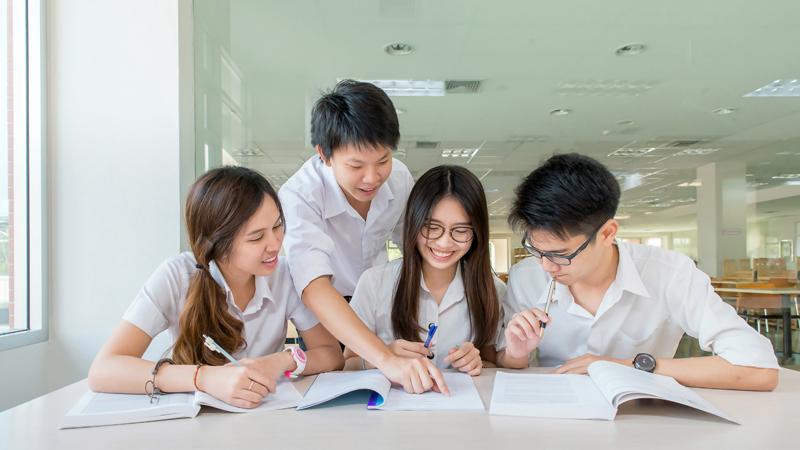Sinh viên du học tại Thái Lan