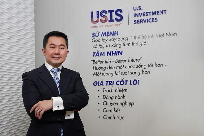 Chủ tịch tập đoàn Chris Lộc Đào