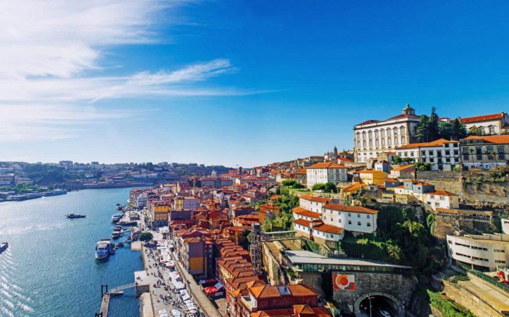 Có rất nhiều dự án bất động sản độc đáo và lợi nhuận cao tại Porto để xem xét khi đầu tư