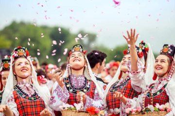 Ngành công nghiệp hoa hồng thu hút nhà đầu tư thế giới đầu tư định cư Bulgaria