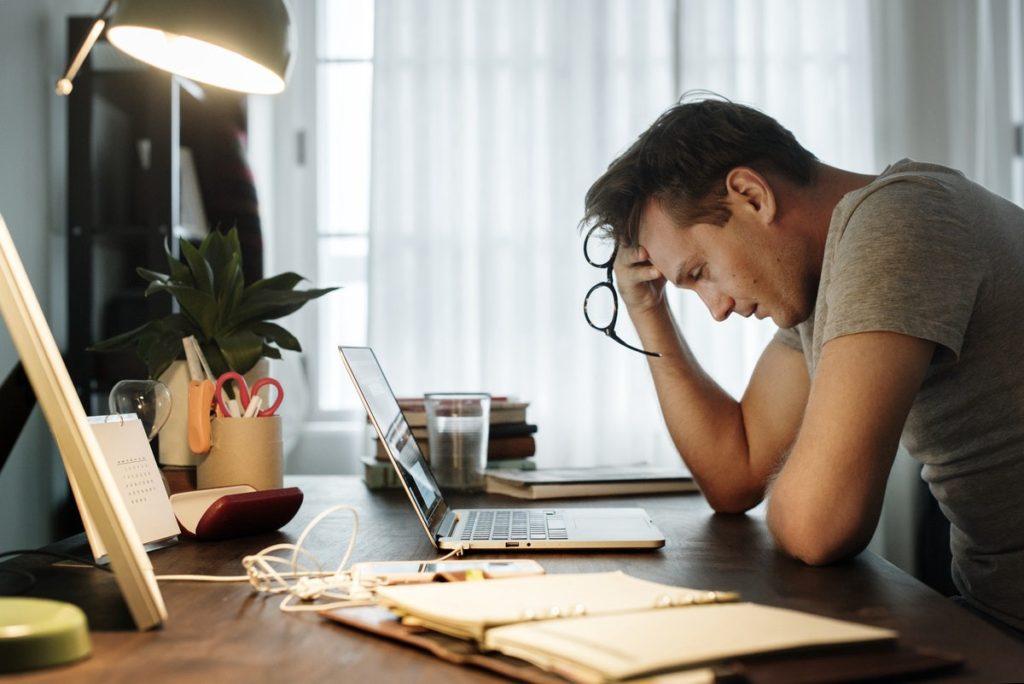 Stress khi chuẩn bị hồ sơ du học Mỹ