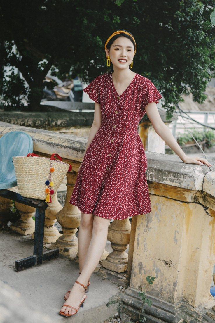 Váy hoa vintage
