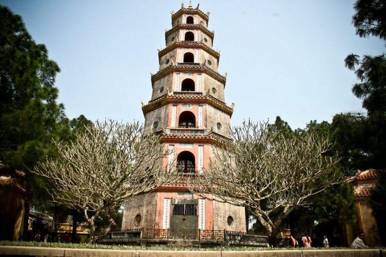Chùa Thiên Mụ – Ngôi chùa cổ ở Huế