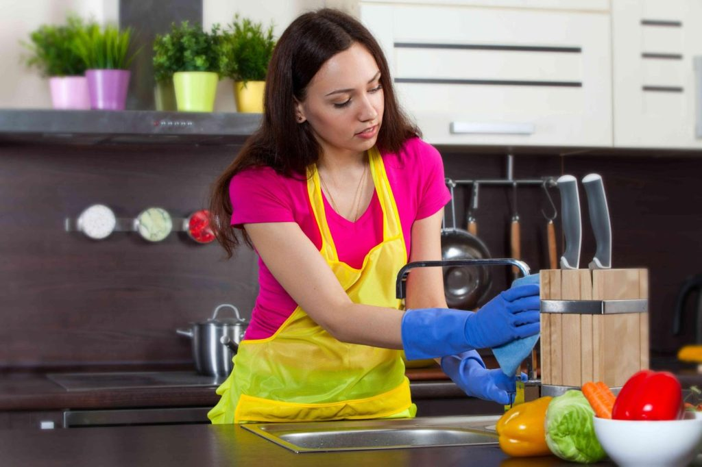 vệ sinh nhà bếp